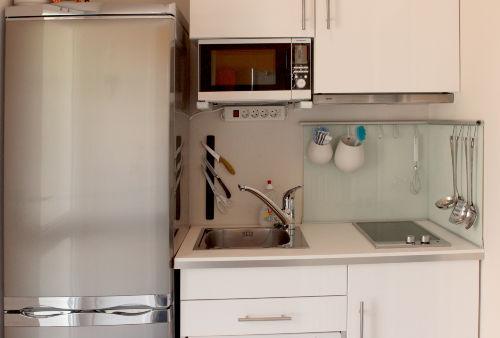 Küche, Mikrowelle, Spülmaschine, Kühlsch