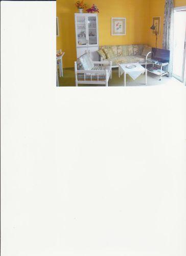 Wohnbereich mit Flachbildschirmfernseher