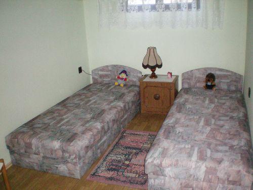 Schlafzimmer 2 mit Einselbetten