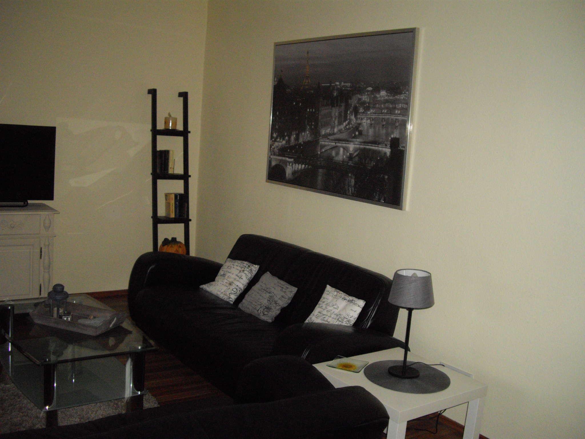 Wohnzimmer 4.