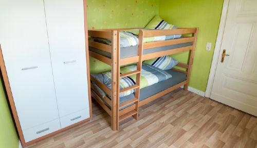 Schlafzimmer Stockbett oben