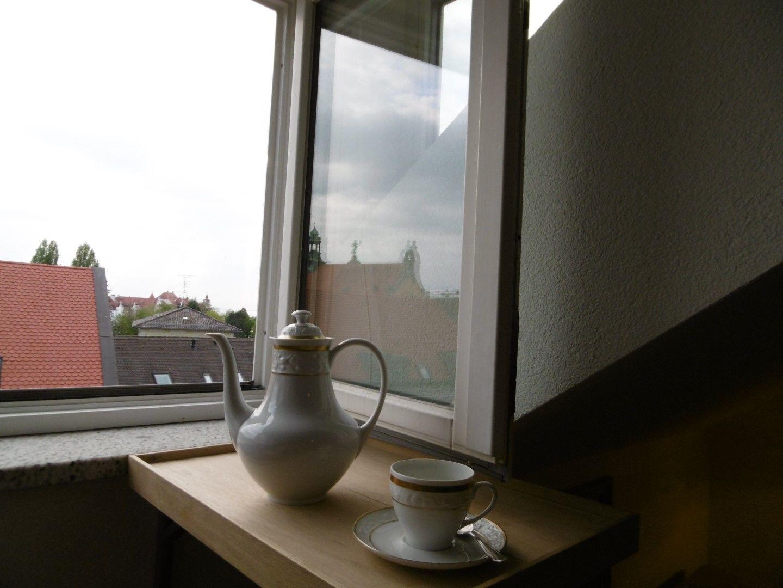 Teil Küche, Hintergrund Außenbad