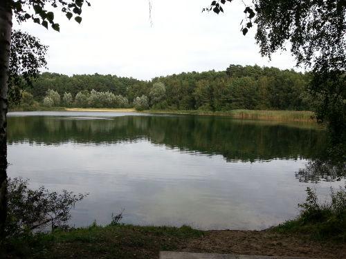 Landschaftsschutzgebiet mit Badesee