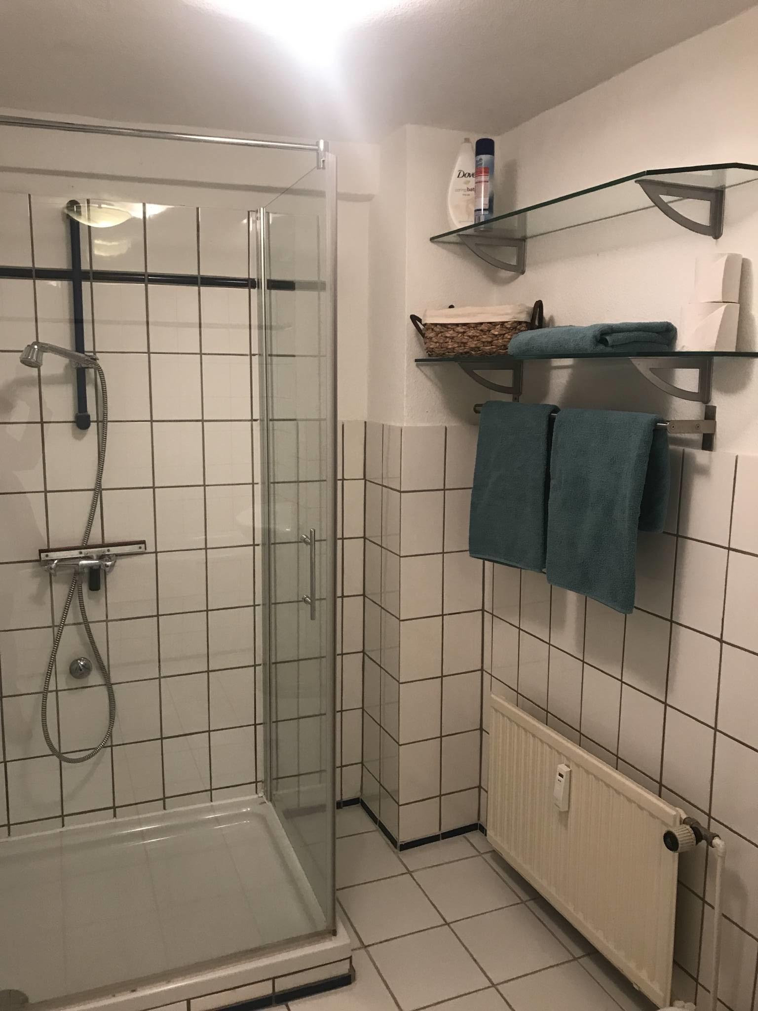 gro�es Badezimmer
