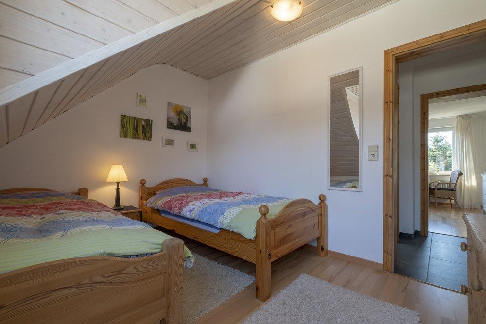 Durchblick von Küche zum Schlafzimmer