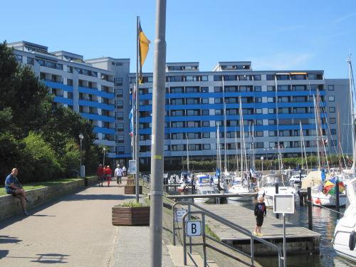 Yachthafen und Ostsee-Residenz
