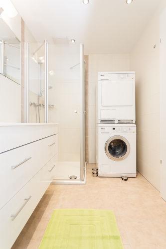 hochwertige Waschmaschine und Trockner