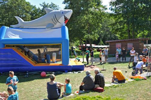 Kinderfest mit Hüpfburg