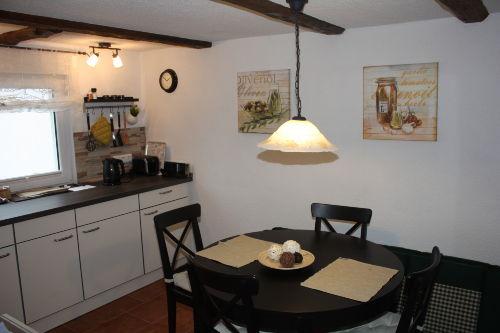 Die Küche und der Essplatz