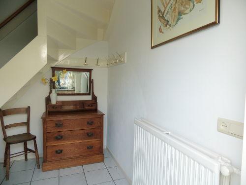 Entree mit Treppe nach oben.