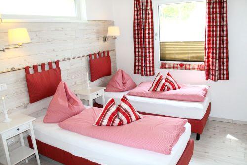Felgenzimmer mit Einzelbettstellung