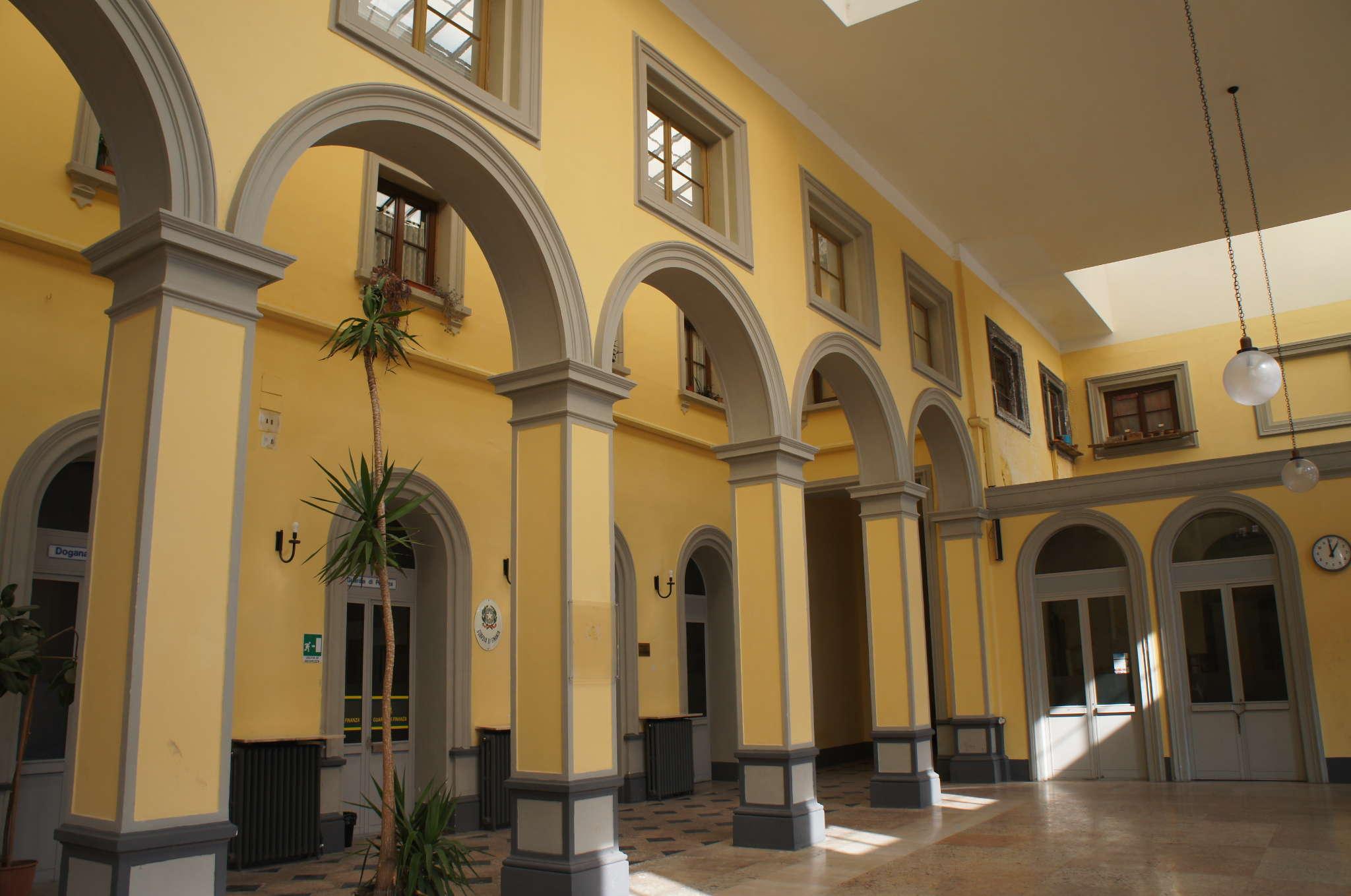 Historischer Bahnhof von Luino