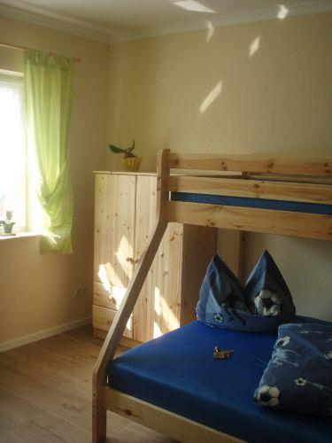 2. Schlafzimmer mit Etagenbett