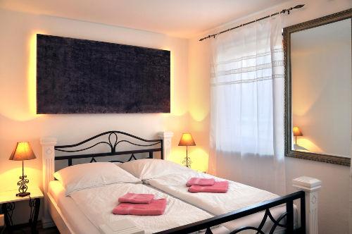 Schlafzimmer Fewo - KOGGE-