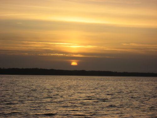 Sonnenuntergang beim Odinfischer Bistro