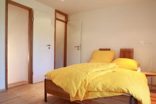 Schlafzimmer mit separatem WC
