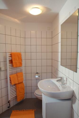 Badezimmer im Appartement Jaune