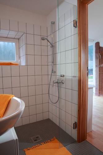 Italienische Dusche im Appartement Jaune
