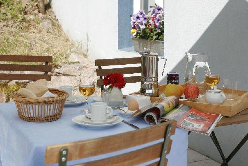 Frühstück auf den Sonnenterrasse