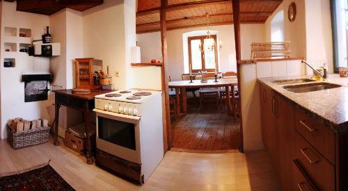Küche mit Blick in Eßraum