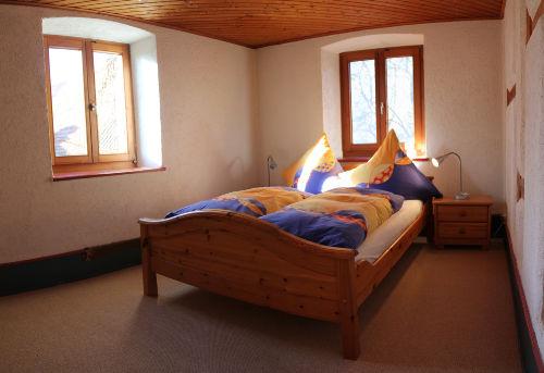 Schlafzimmer 2 im OG begehbar von SZ 1