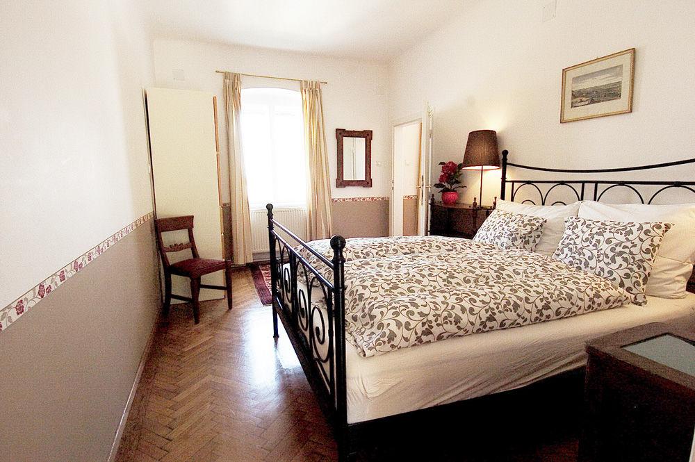 Apartment°3, Wohnzimmer