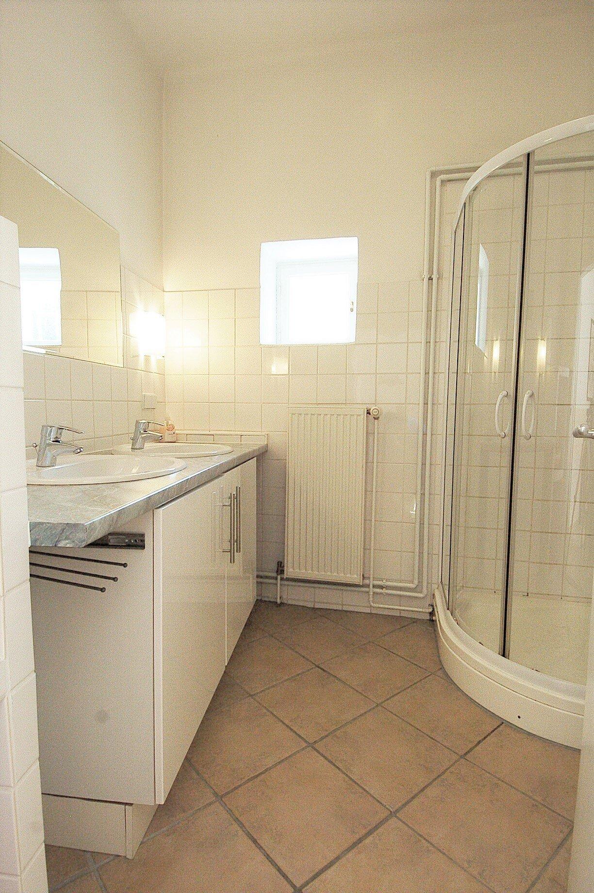 Apartment� 3, kleines Schlafzimmer