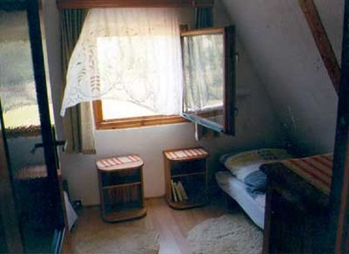 2 BZ - Jugendzimmer