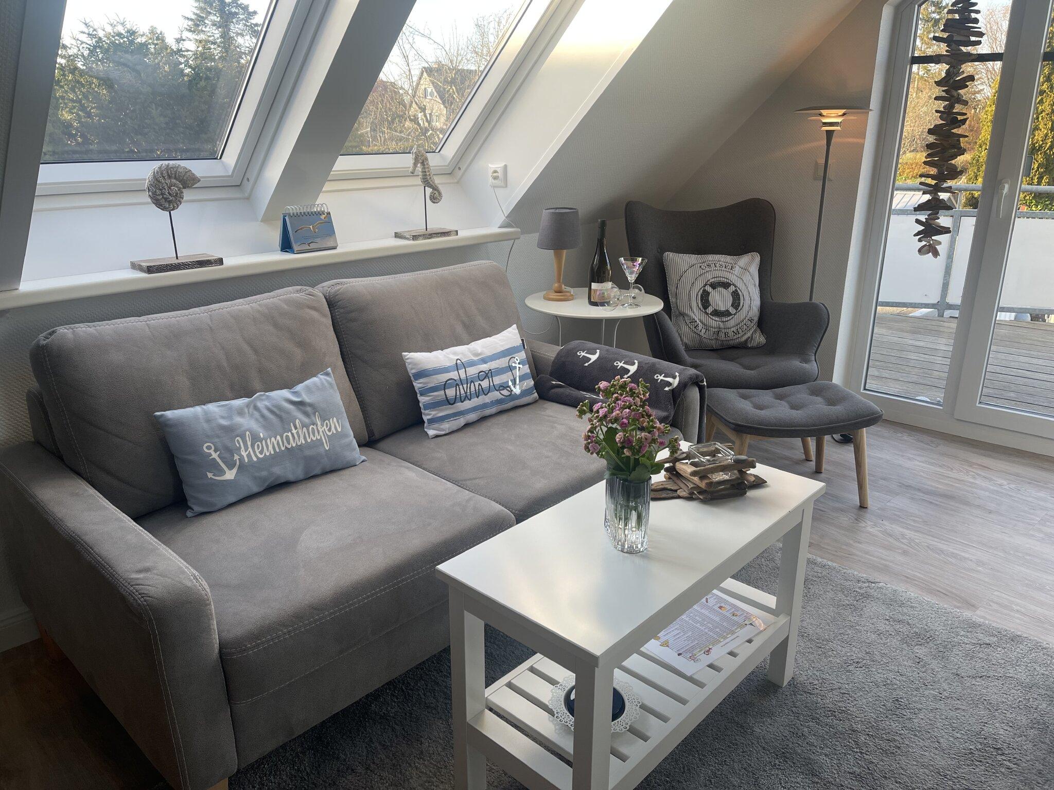 Wohnzimmer mit offener K�chenzeile