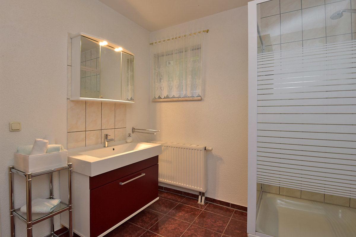 Blick in die Ferienwohnung, Dusche/WC