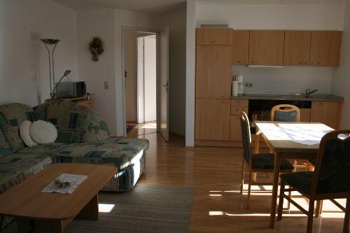 Wohn-/Esszimmer mit Küche