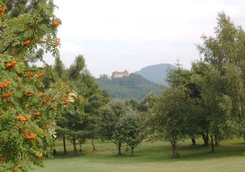 Schloss Bieberstein und die Milseburg