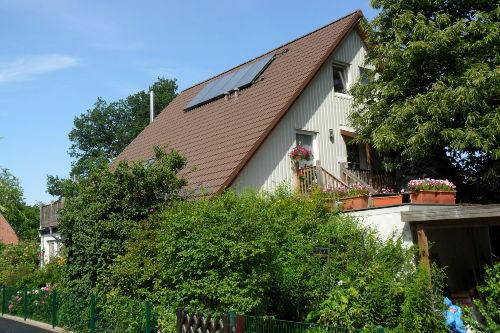 Haus mit Fewo im 1. und 2. OG