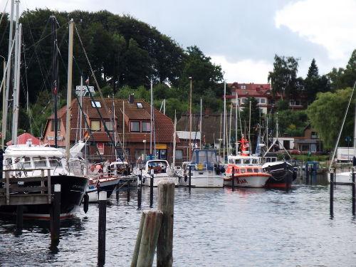 Hafenidylle im Yacht- und Fischereihafen