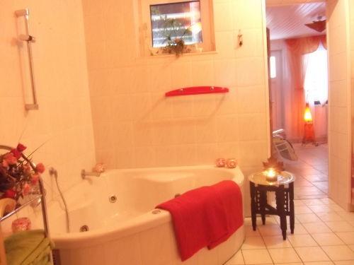 Saunabereich unten im Haus mit WHIRLPOOL