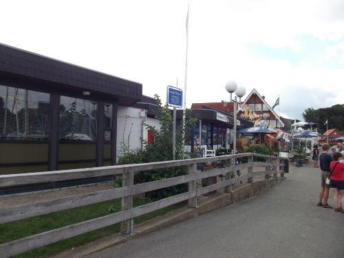Bummeln im Fischerei- und Yachthafen