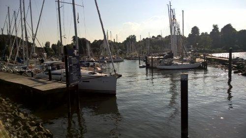 Hafenblick von der Seebrücke