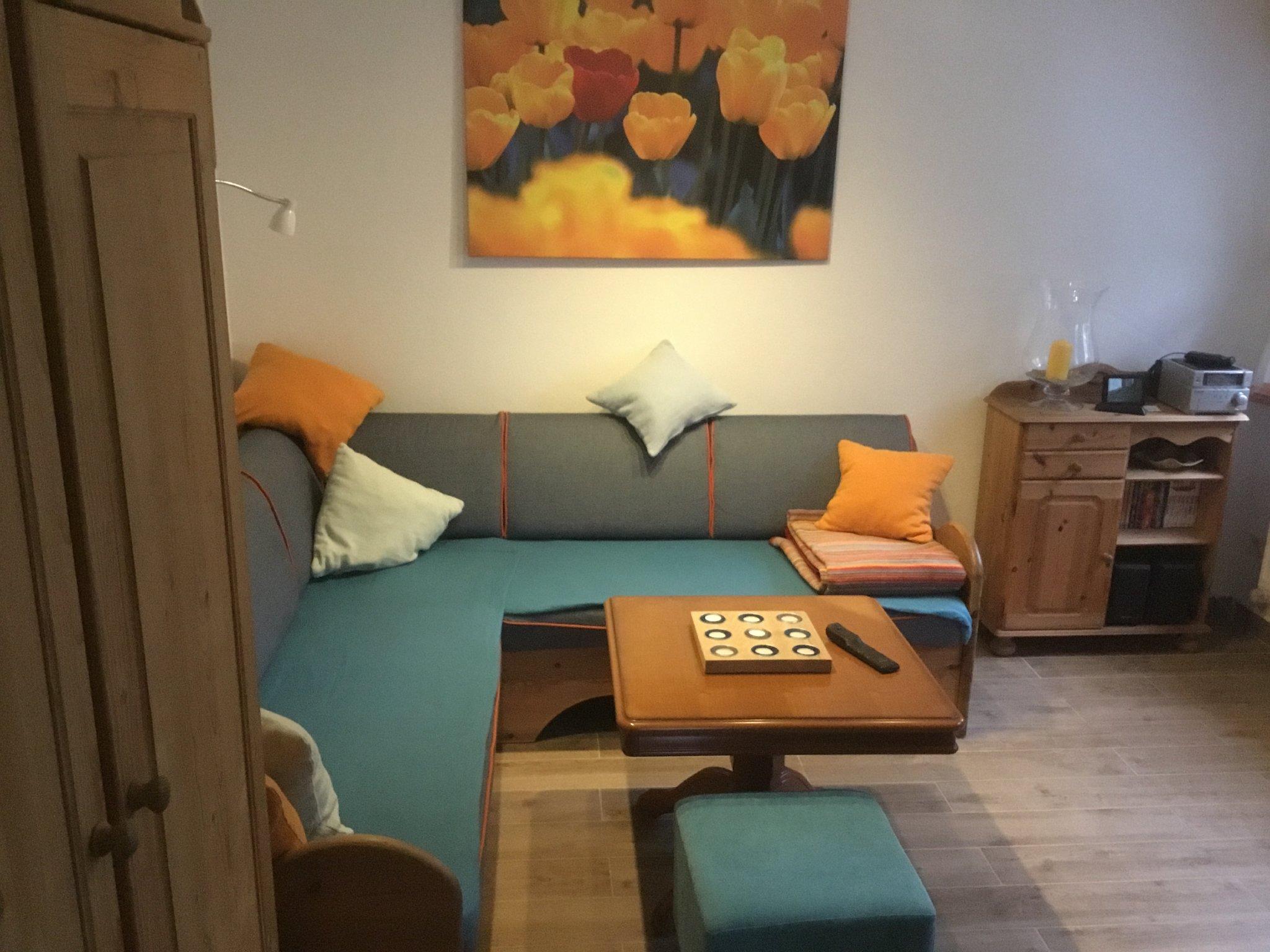 Spitzboden andere Seite mit Einzelbett