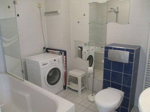 Badezimmer - Waschmaschine vorhanden