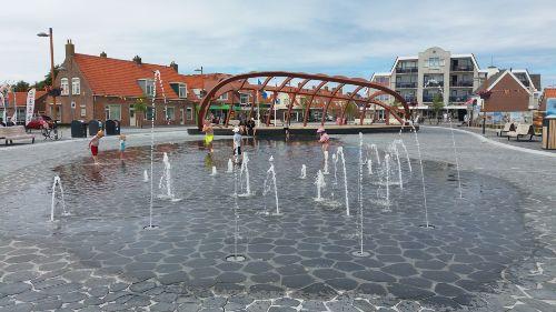 Der neue Pettener Dorfplatz