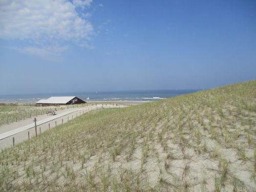 Pettener Dünen und Strandpavillion