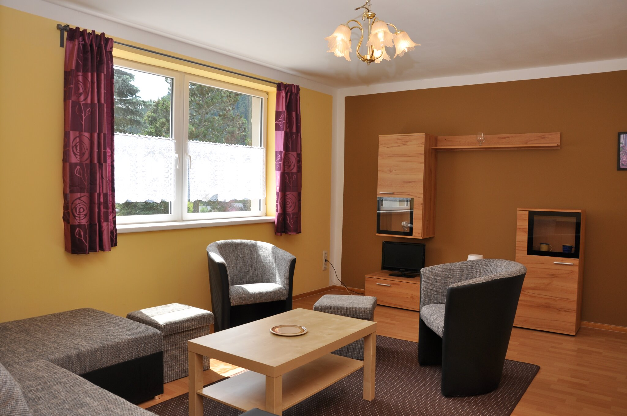 Blick in ein Ferienhaus (Wohnzimmer)