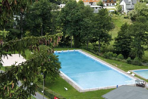Pool für warme Sommertage