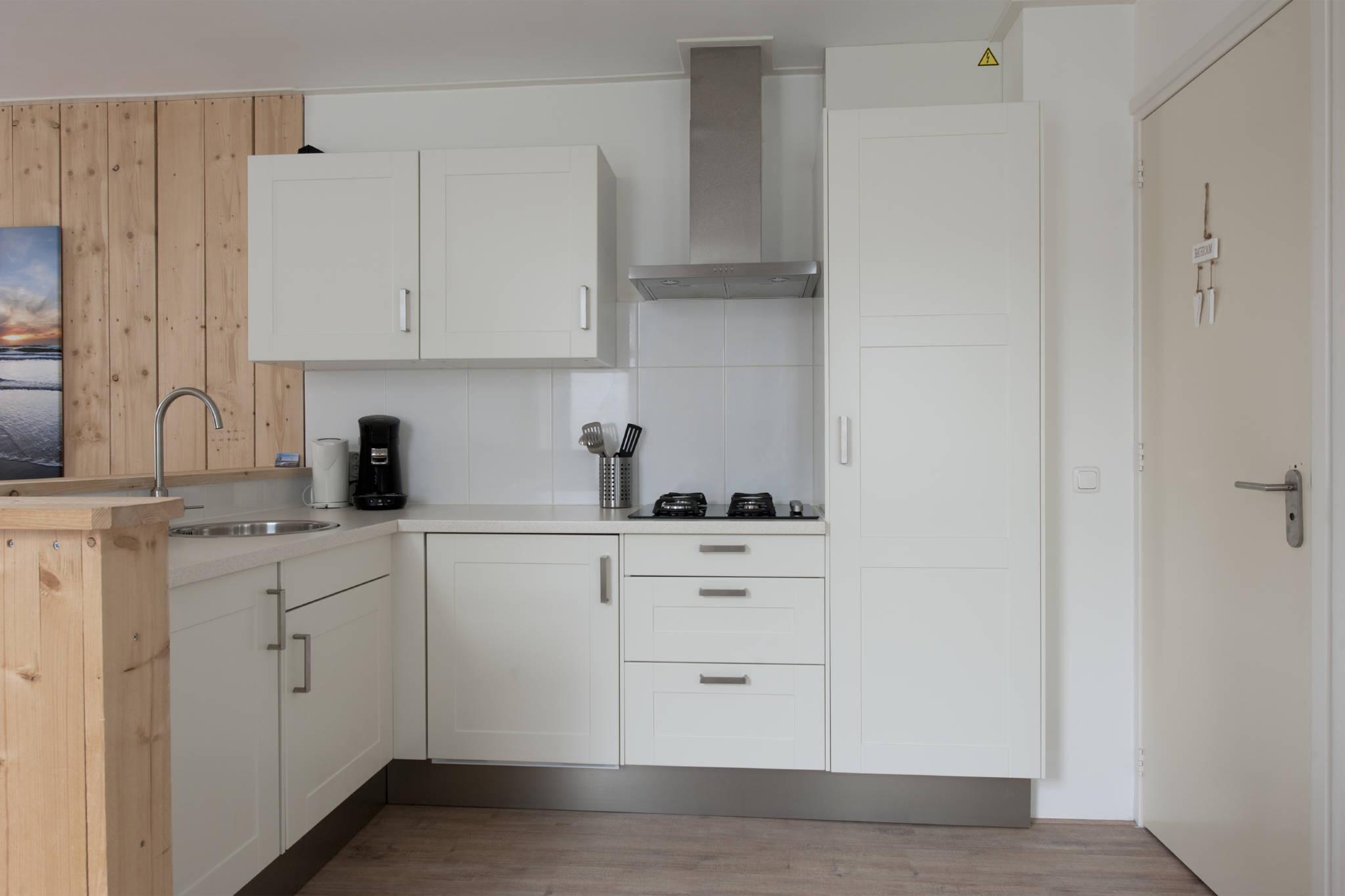 Offen Küche, turen Bade- / Schlafzimmer
