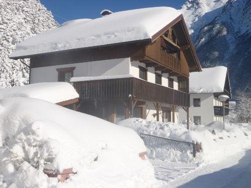 Winteransicht Dependance Waldheim