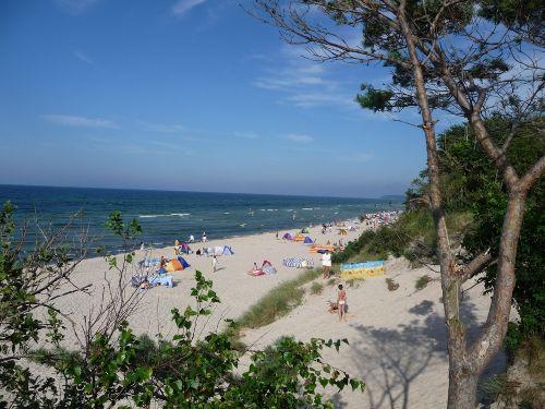 Ihr naher, feinsandiger Strand