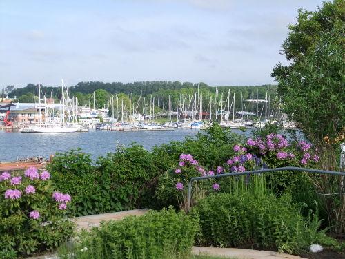 Blick auf den Segelhafen