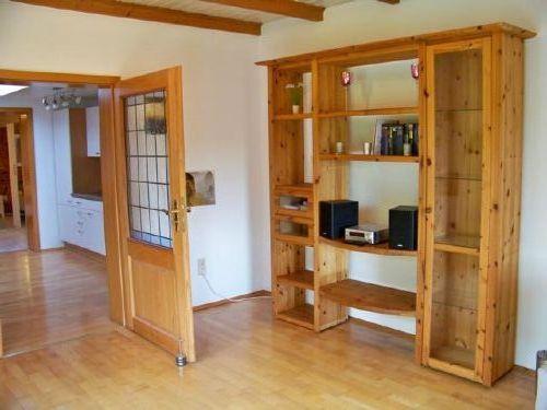 Durchgang .v. Wohnzimmer i.d. Küche.