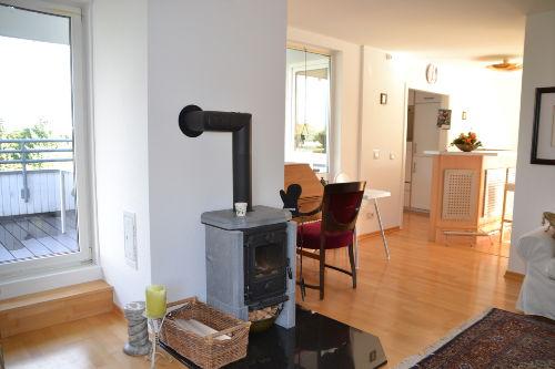 Helles und elegantes Wohnzimmer