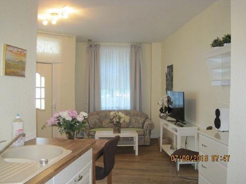 Eingang-Küche-Wohnzimmer